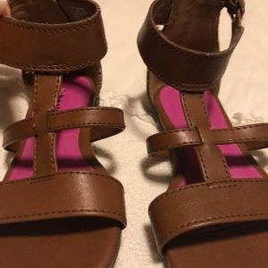 Like new brown gladiator sandals